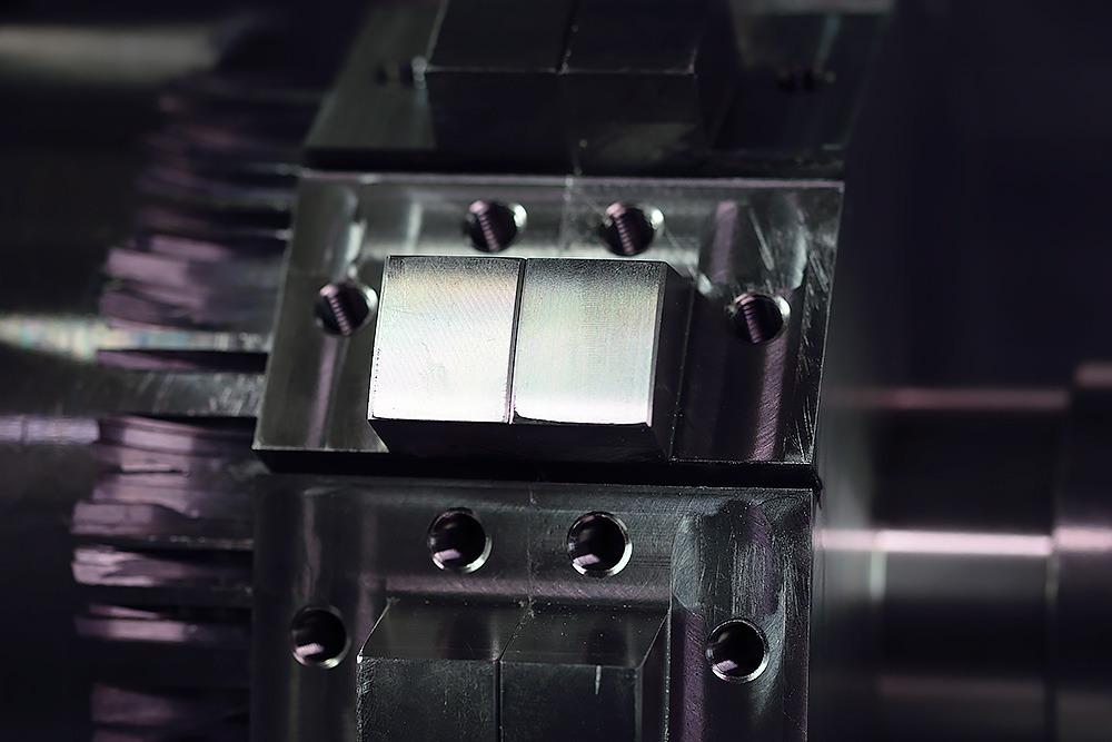 Spaantec Bohnenschnitter - Komponente der in einem CNC-Fräser befästigt wird - Foto 3